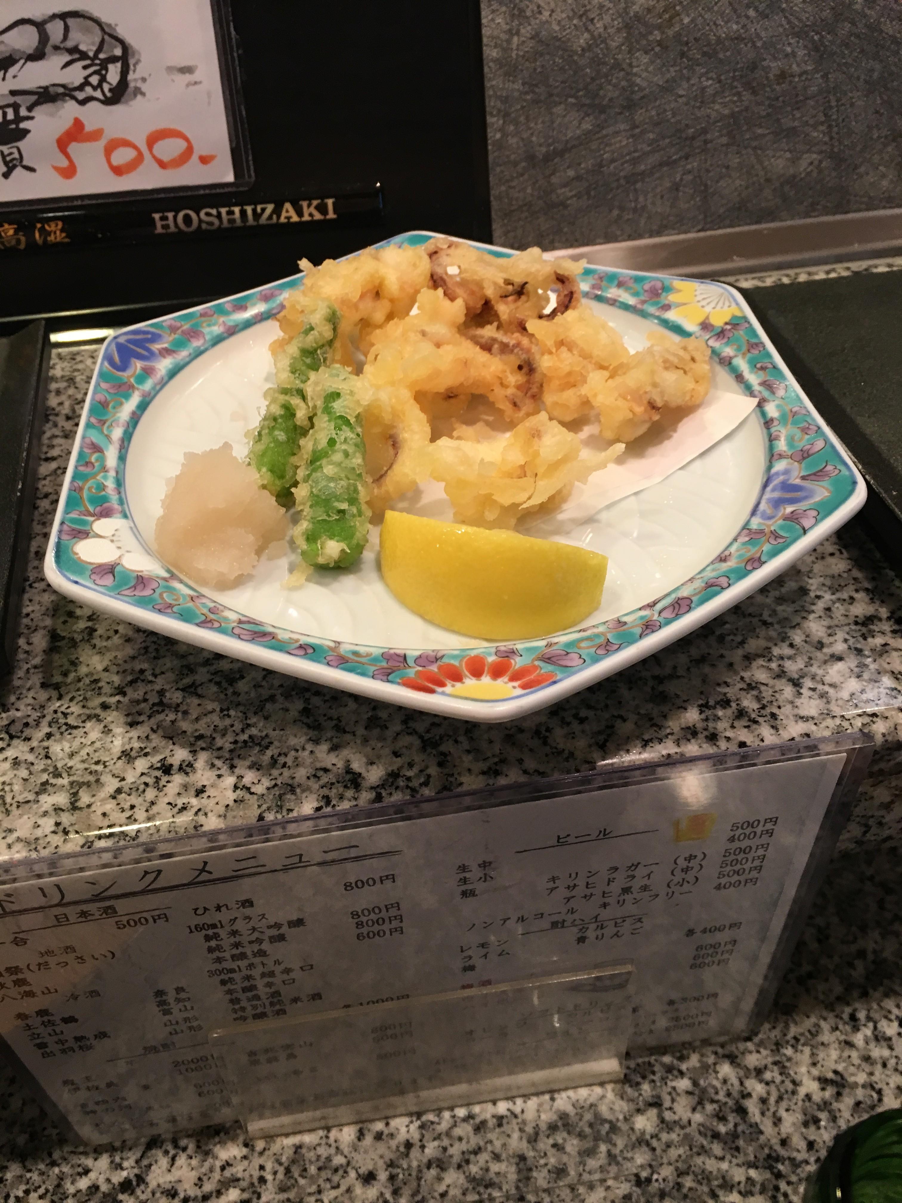 本日はお寿司屋さんに来ました。